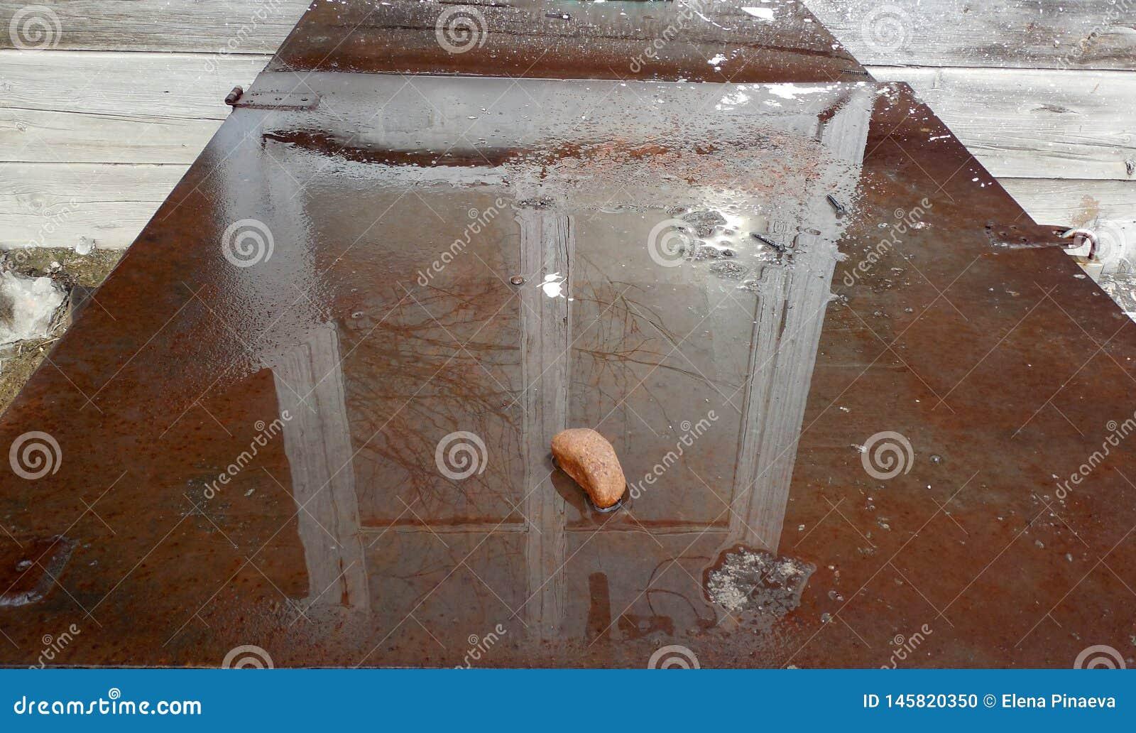 Bezinning in het watervenster met een wit kader