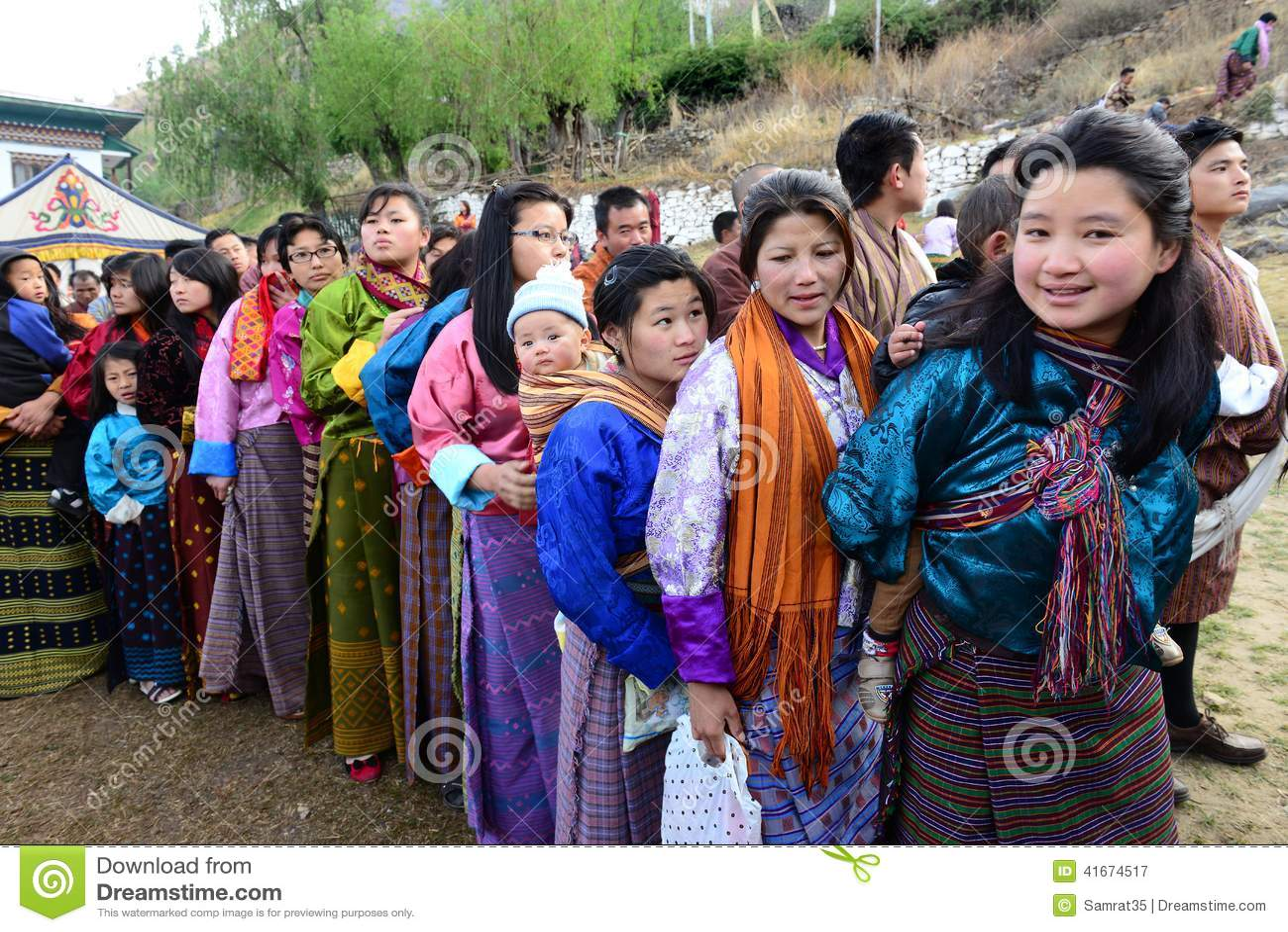 Bhutanese People editorial photography. Image of lifestyle ... X 23 Costume