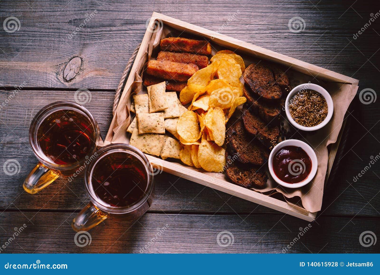 Bière et casse-croûte Nourriture d Oktoberfest Apéritifs réglés