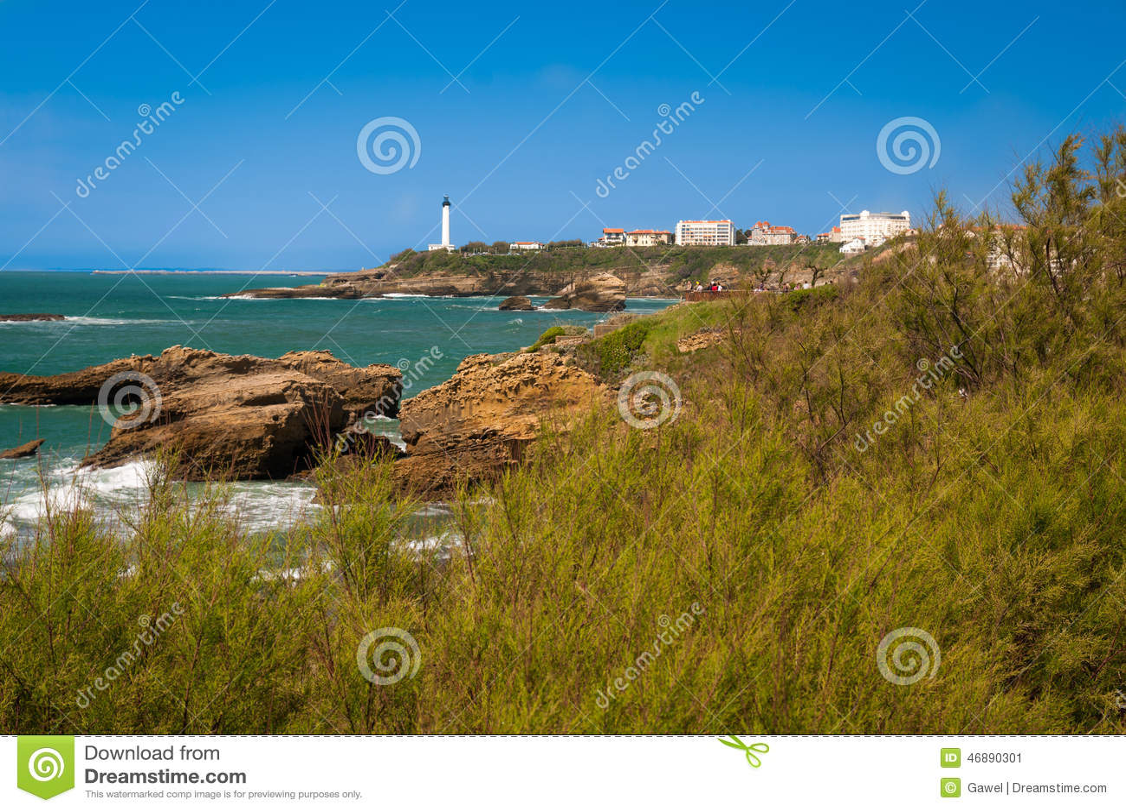 Biarritz - latarnia morska i morze