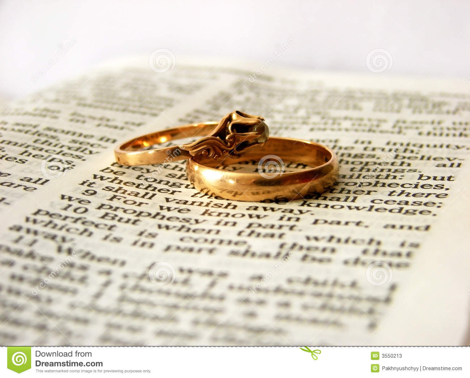 Bibbia ed anelli