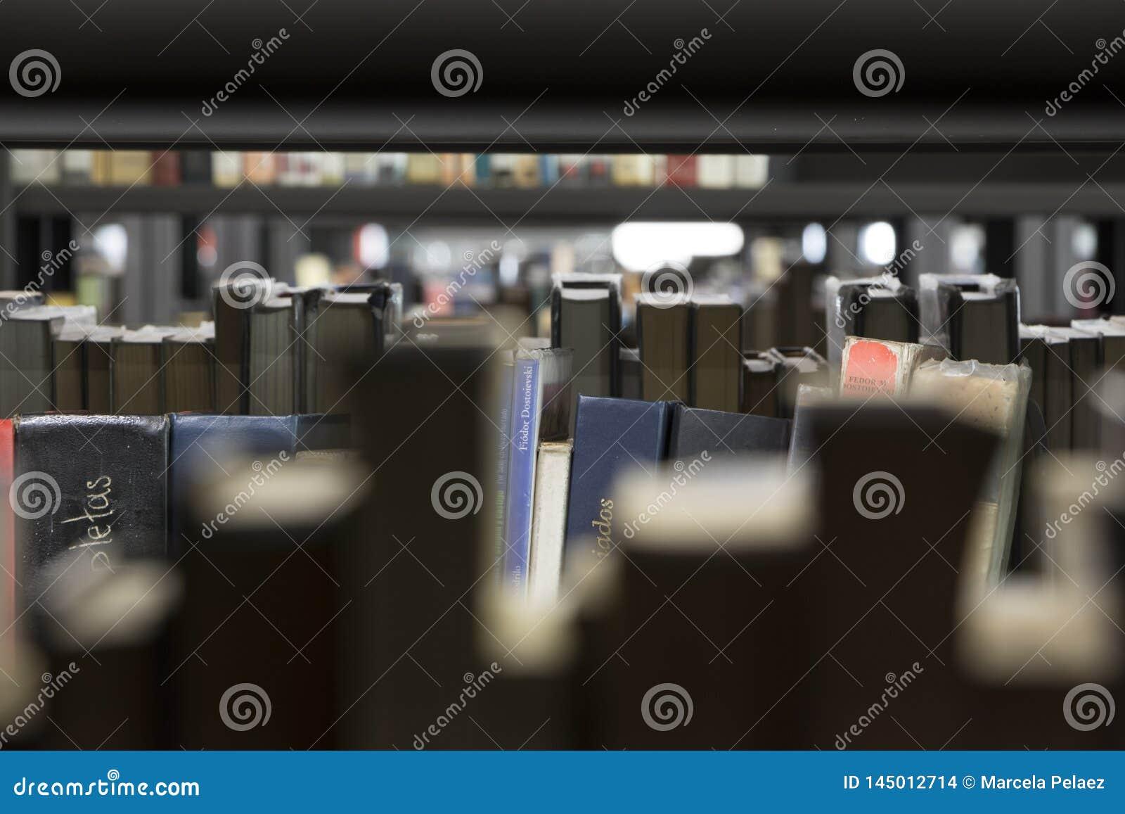 Biblioteca pubblica medellin biblioteca pública piloto giorno di apertura dicembre 2018