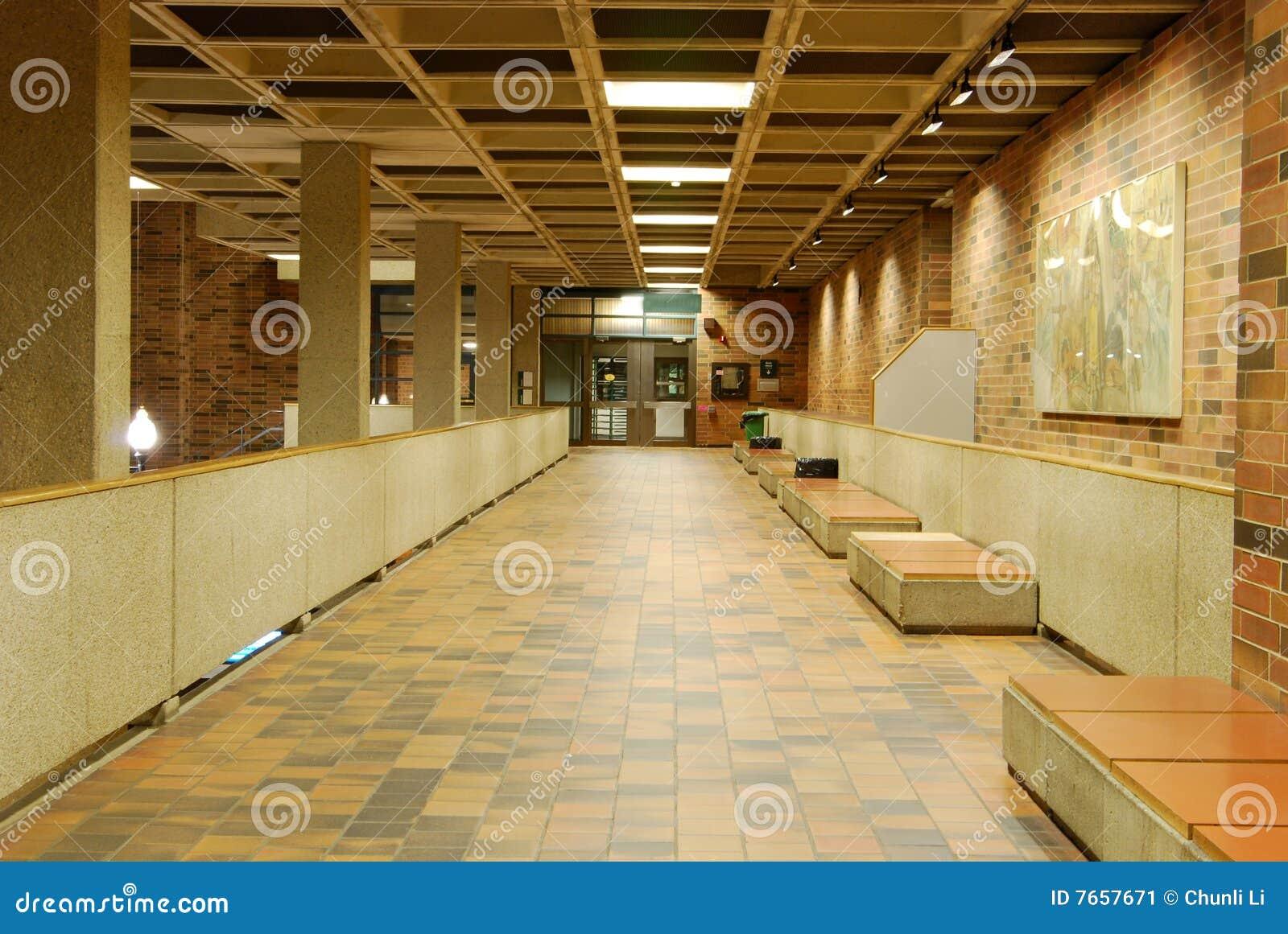 Biblioteka lobby