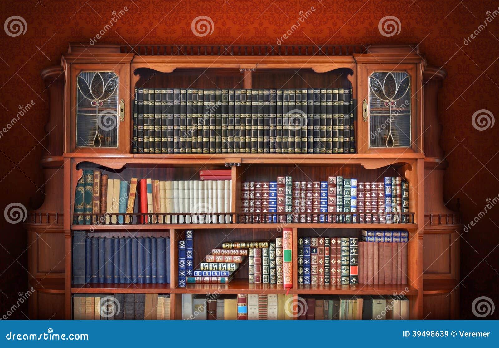 Super Bibliothèque Classique. Meubles Antiques Photo stock - Image: 39498639 QJ49