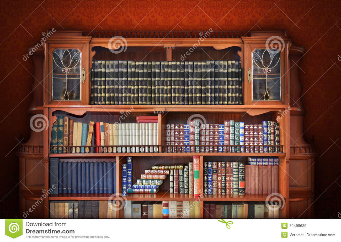 biblioth que classique meubles antiques photo stock image 39498639. Black Bedroom Furniture Sets. Home Design Ideas