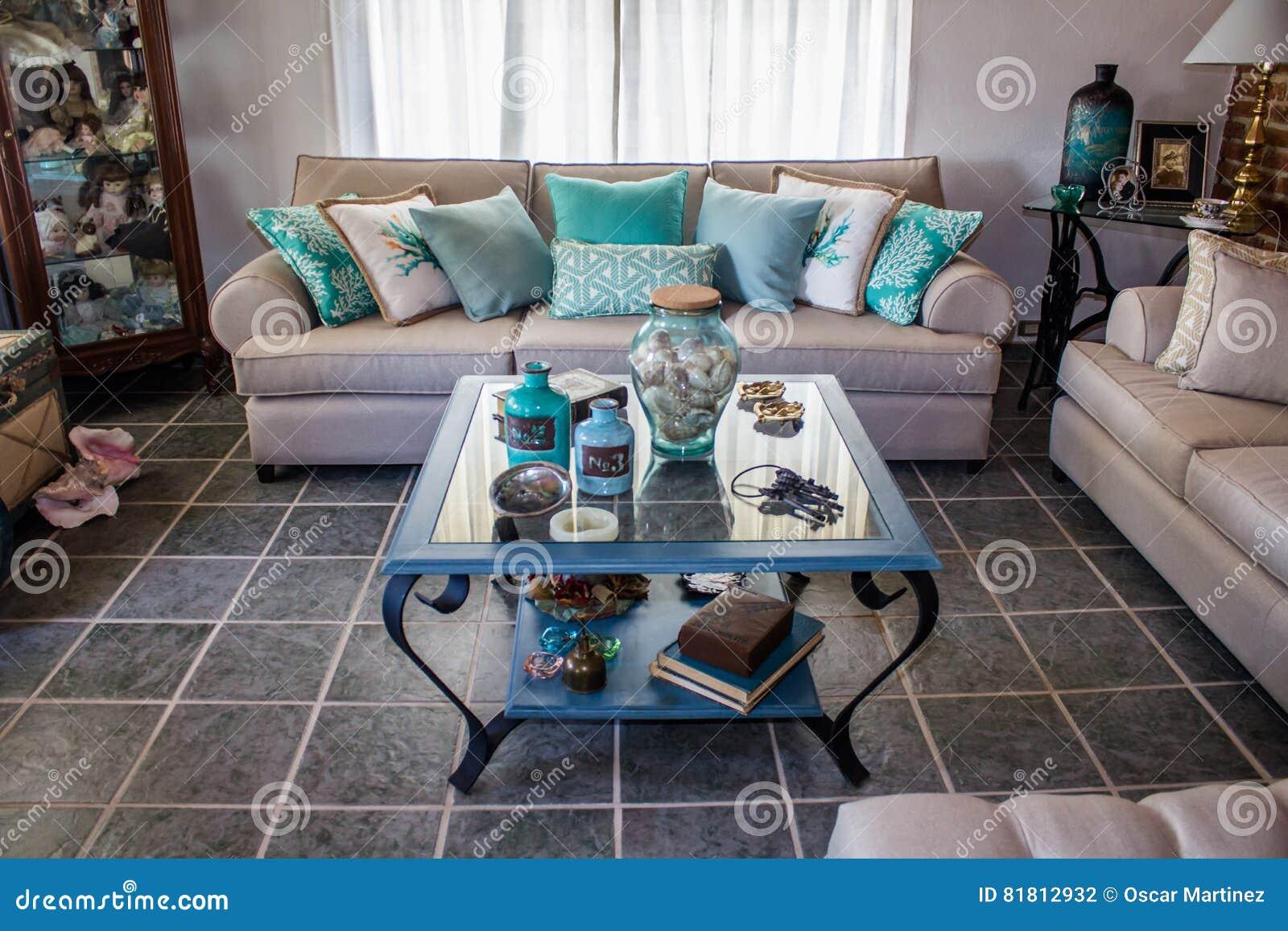 Bichromatic живущая комната