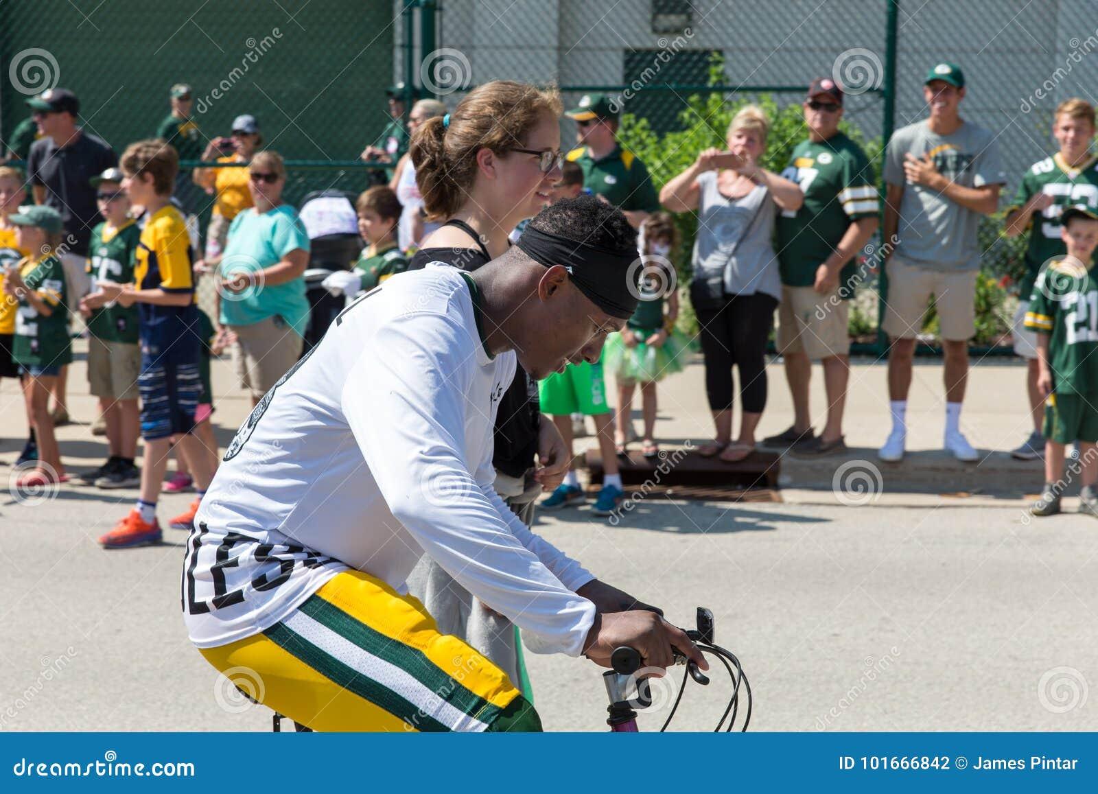 Bici Del Montar A Caballo Del Jugador Del Embalador Del Green Bay ...
