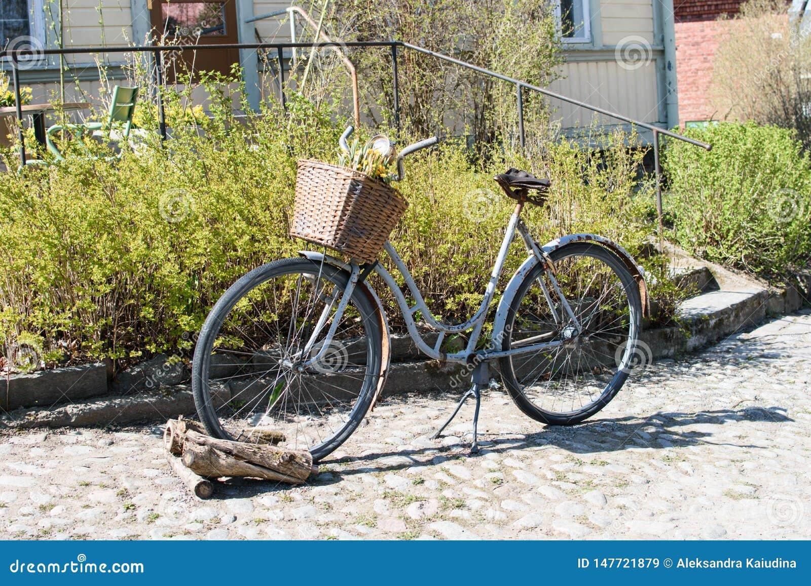 Bici oxidada vieja