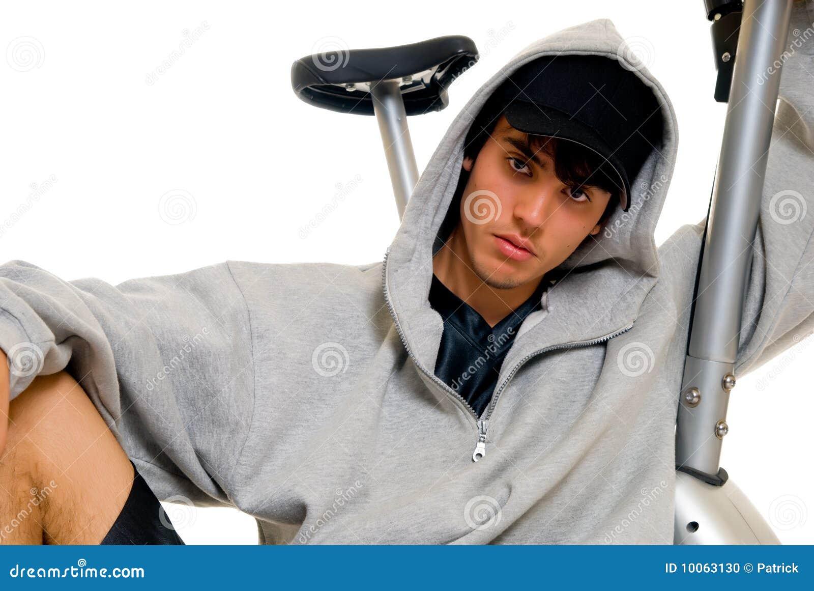 Bicicleta da aptidão do adolescente