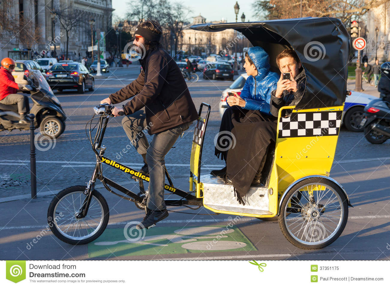 Bicycle Taxi In Paris Editorial Image Image Of Outdoors