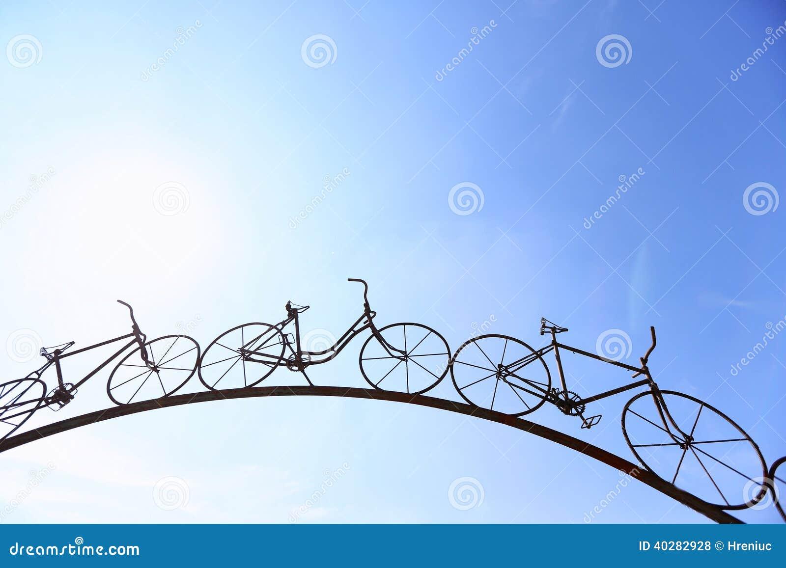 Bicycles украшение сделанное из утюга