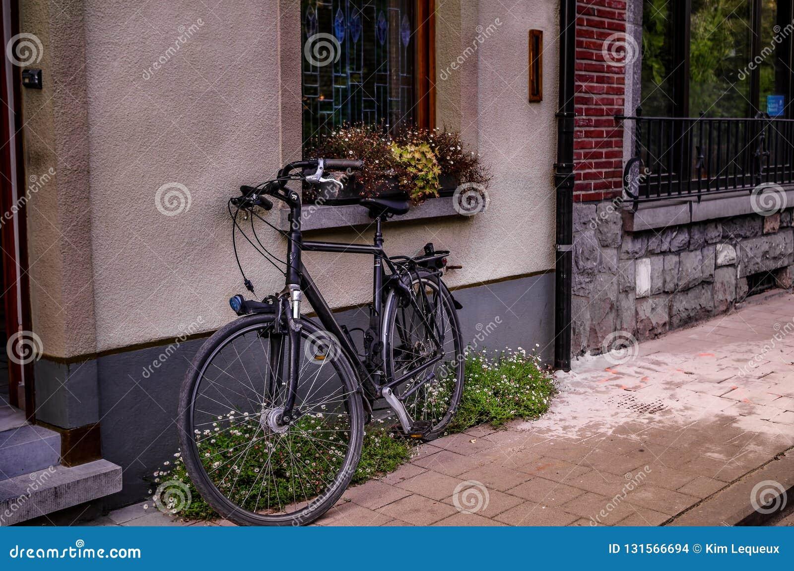 Bicyclette commune dans la ville