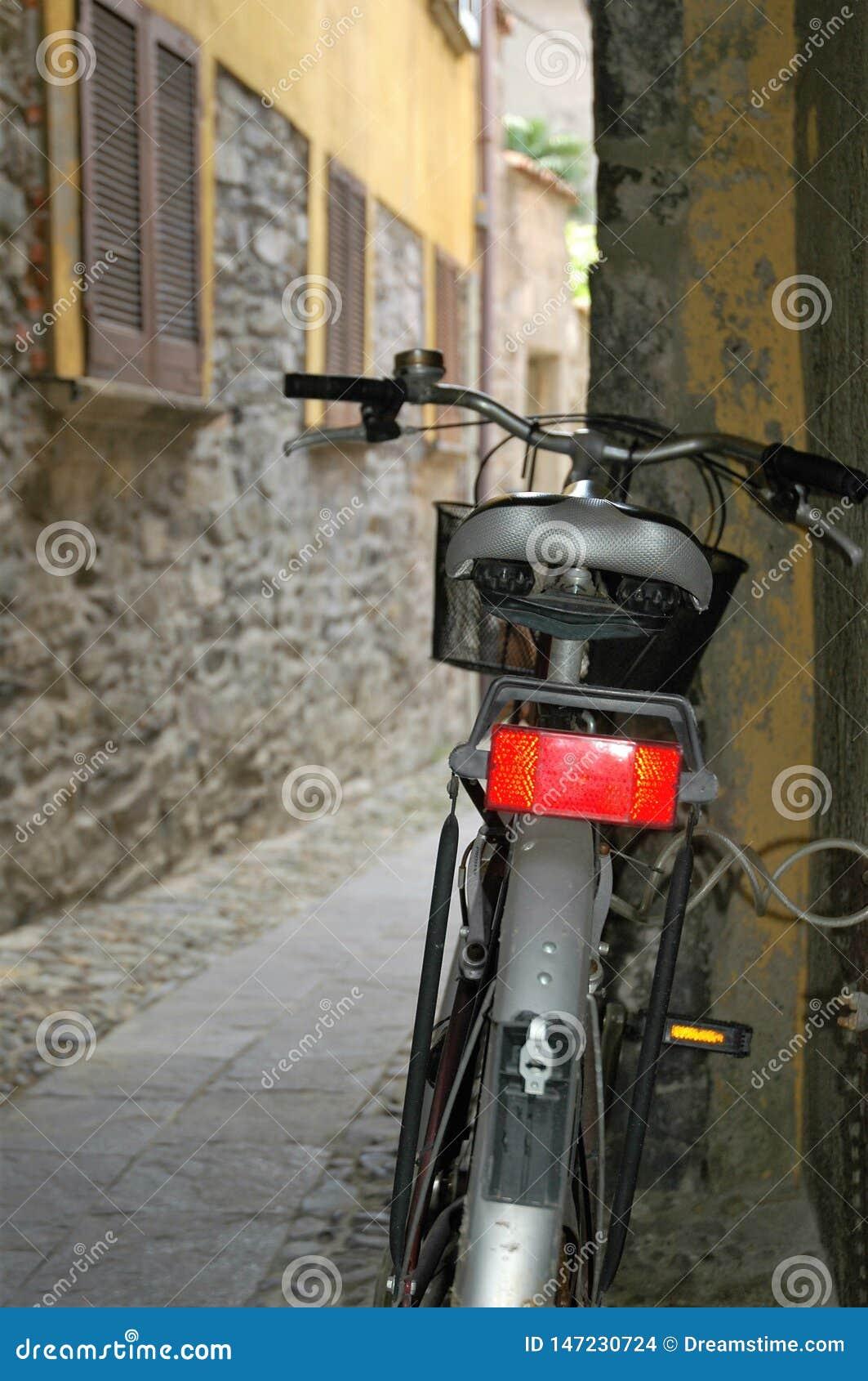 Bicykl w alleyway