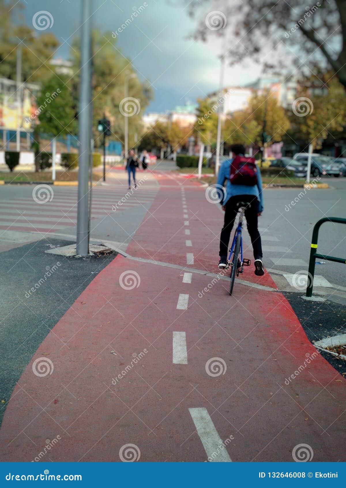Bicyklu ślad, Tirana, Albania