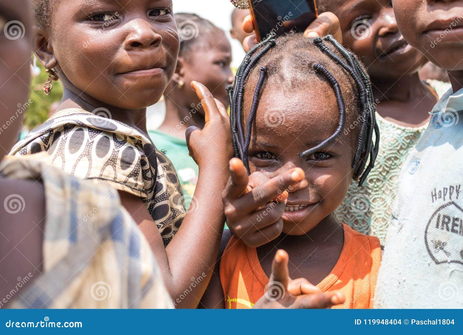 Biedni wiejscy afrykańscy dzieci 26