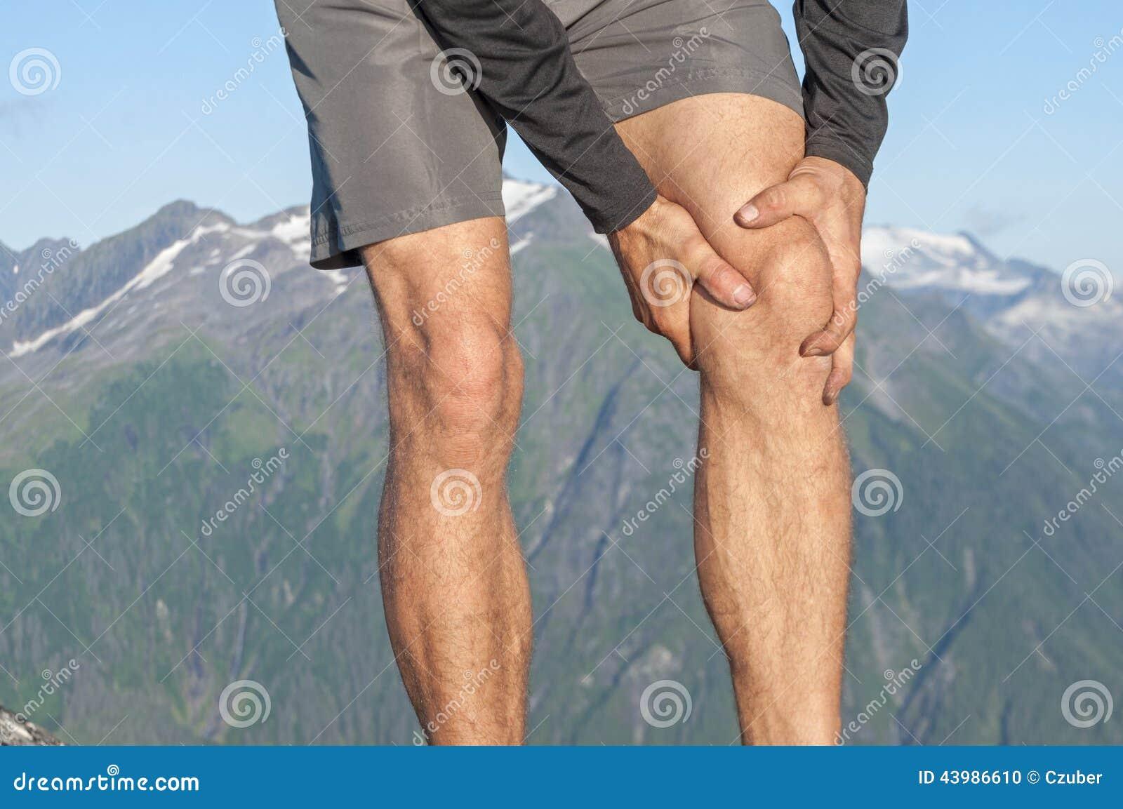 Biegacz z kolano bólem