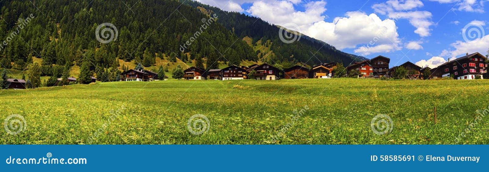 Biel-Chalets im Sommer, Bern-Bezirk, die Schweiz