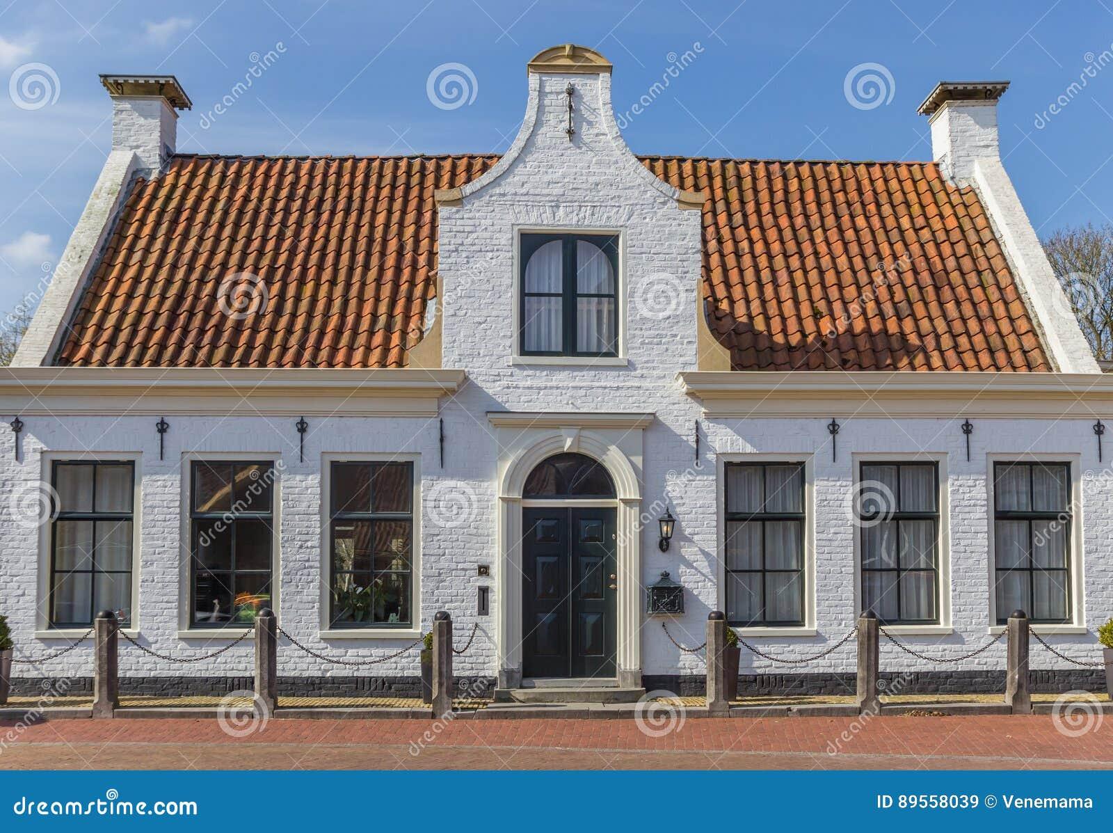 Bielu dom w histroical wiosce Aduard