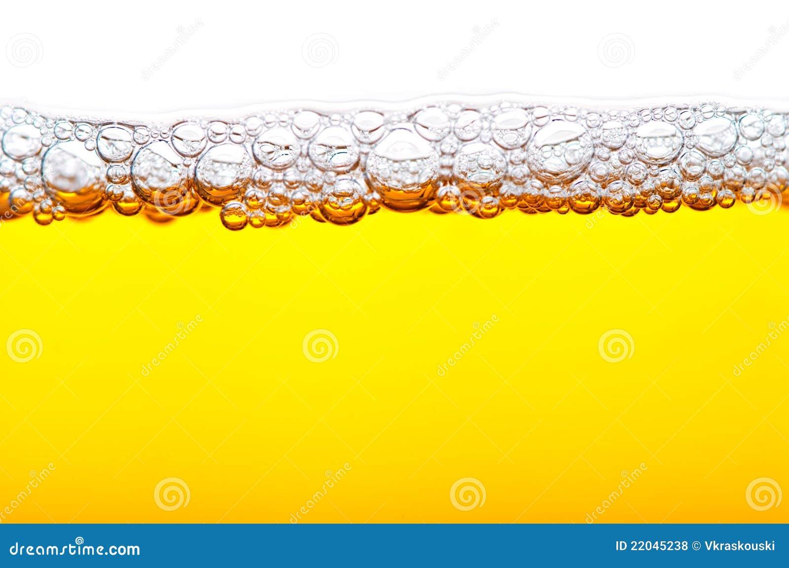 Bier mit Schaumgummi