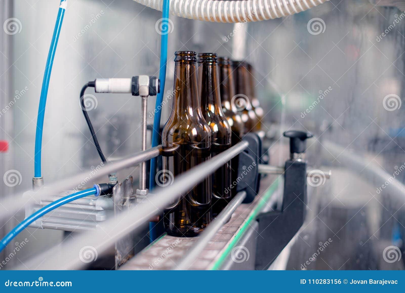 Bierflessen op een rij