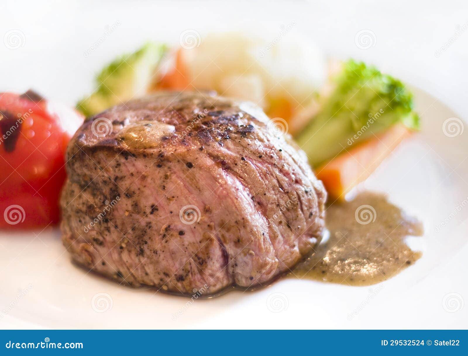 Bife cozinhado