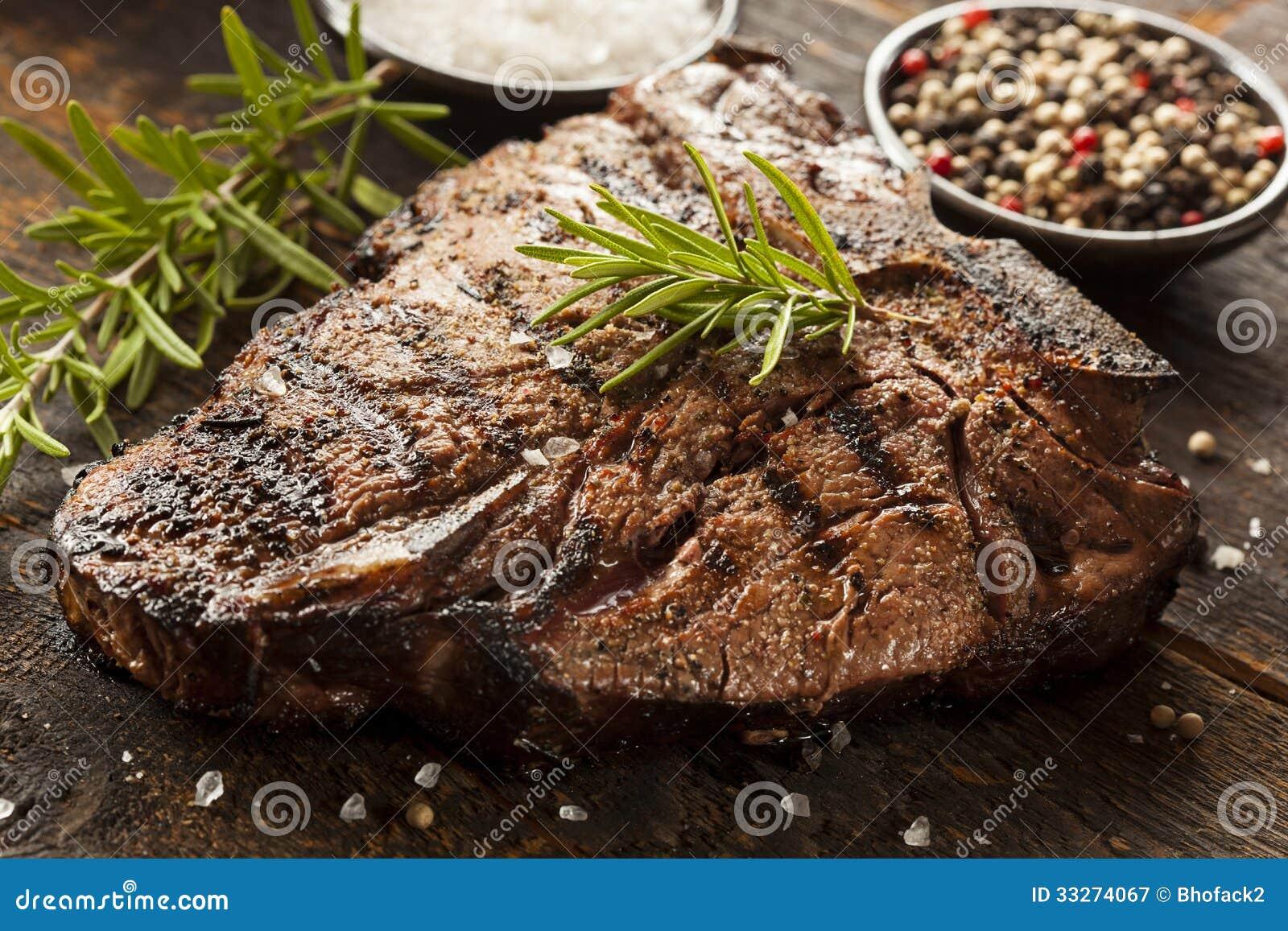 Bifteck à l os grillé de BBQ