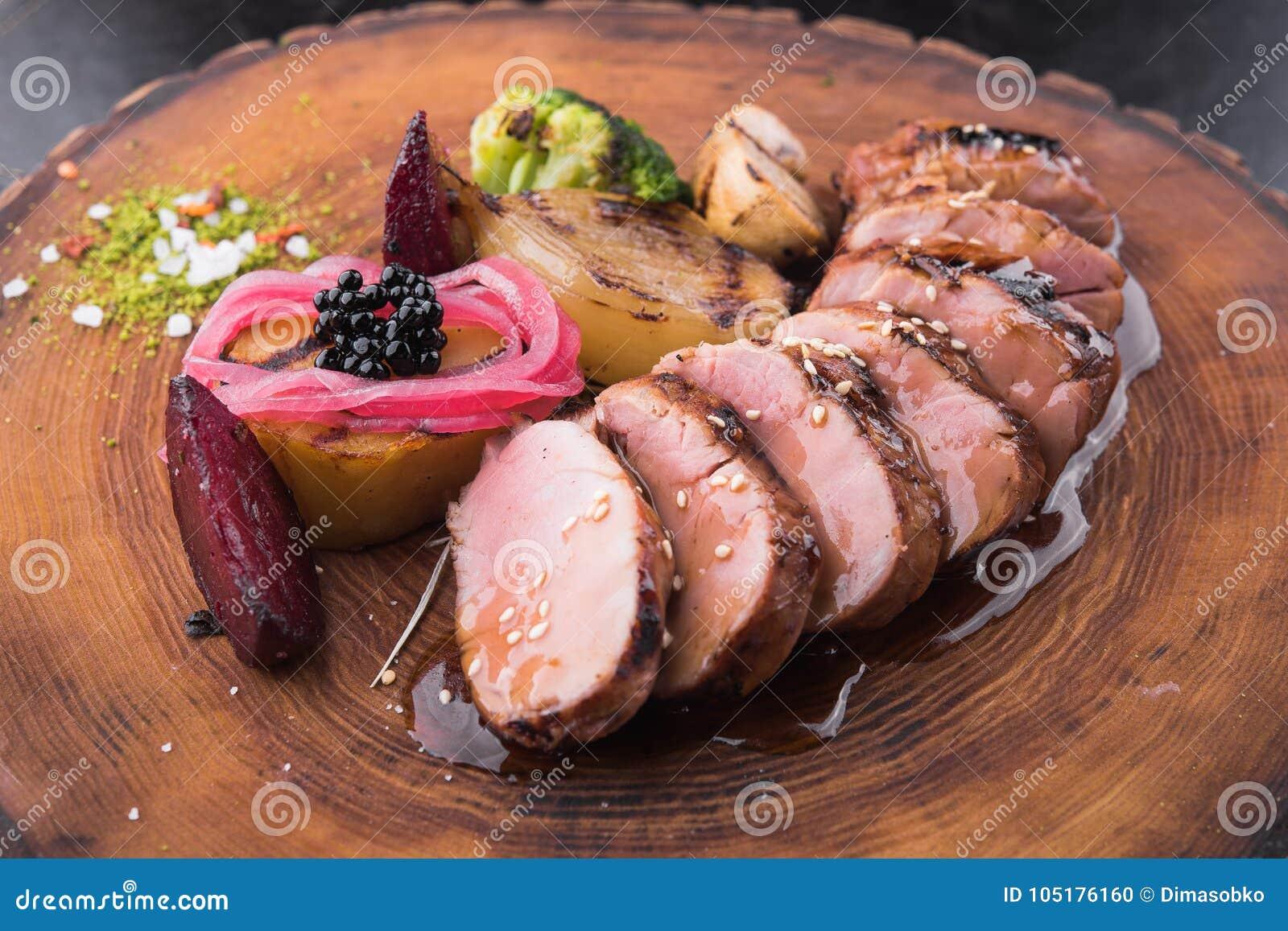 Bifteck juteux de veau
