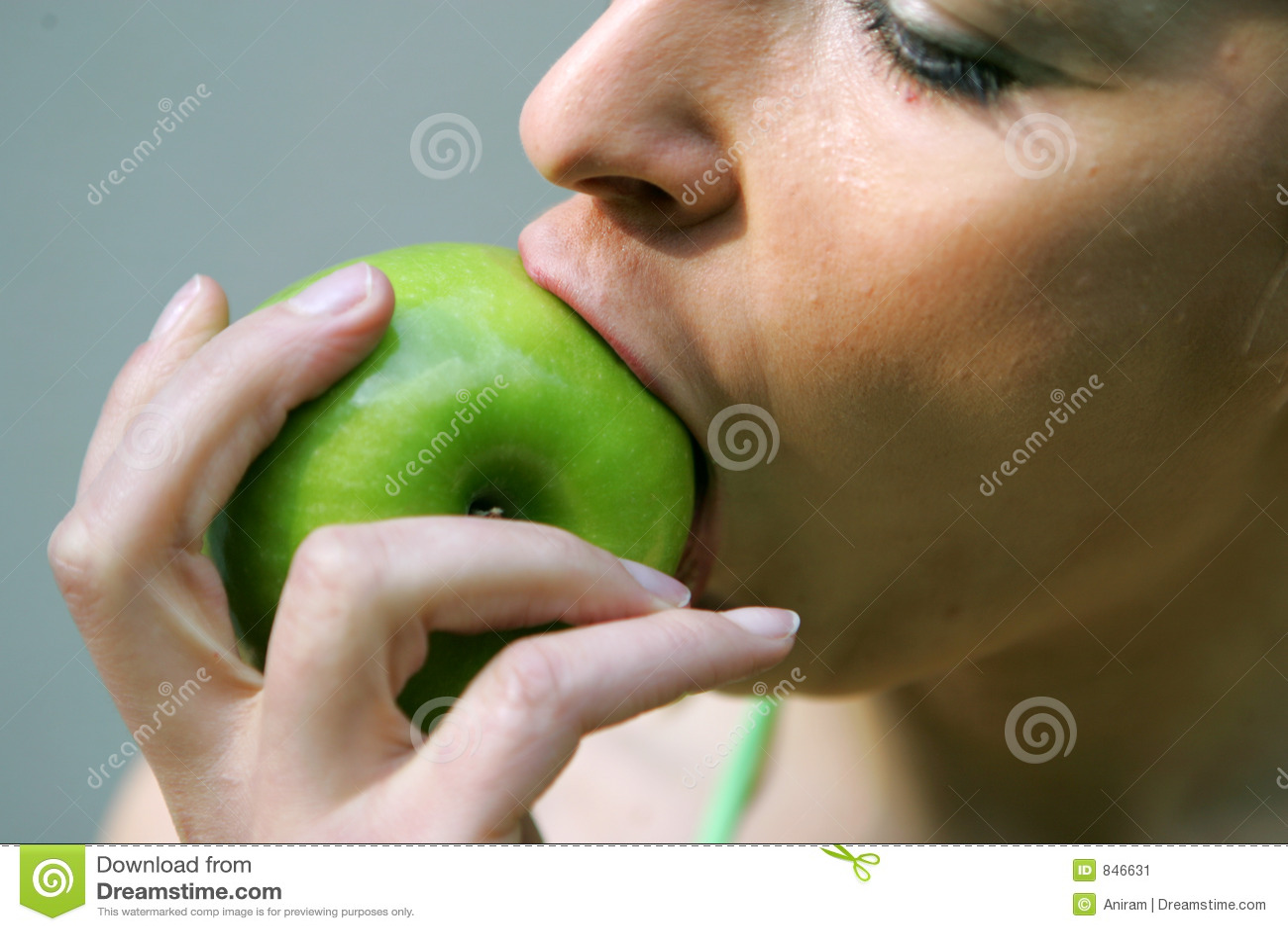 Big apple bite