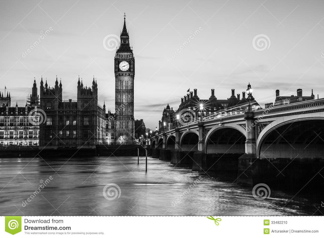 Big ben clock tower and parliament house at city of westminster black and white