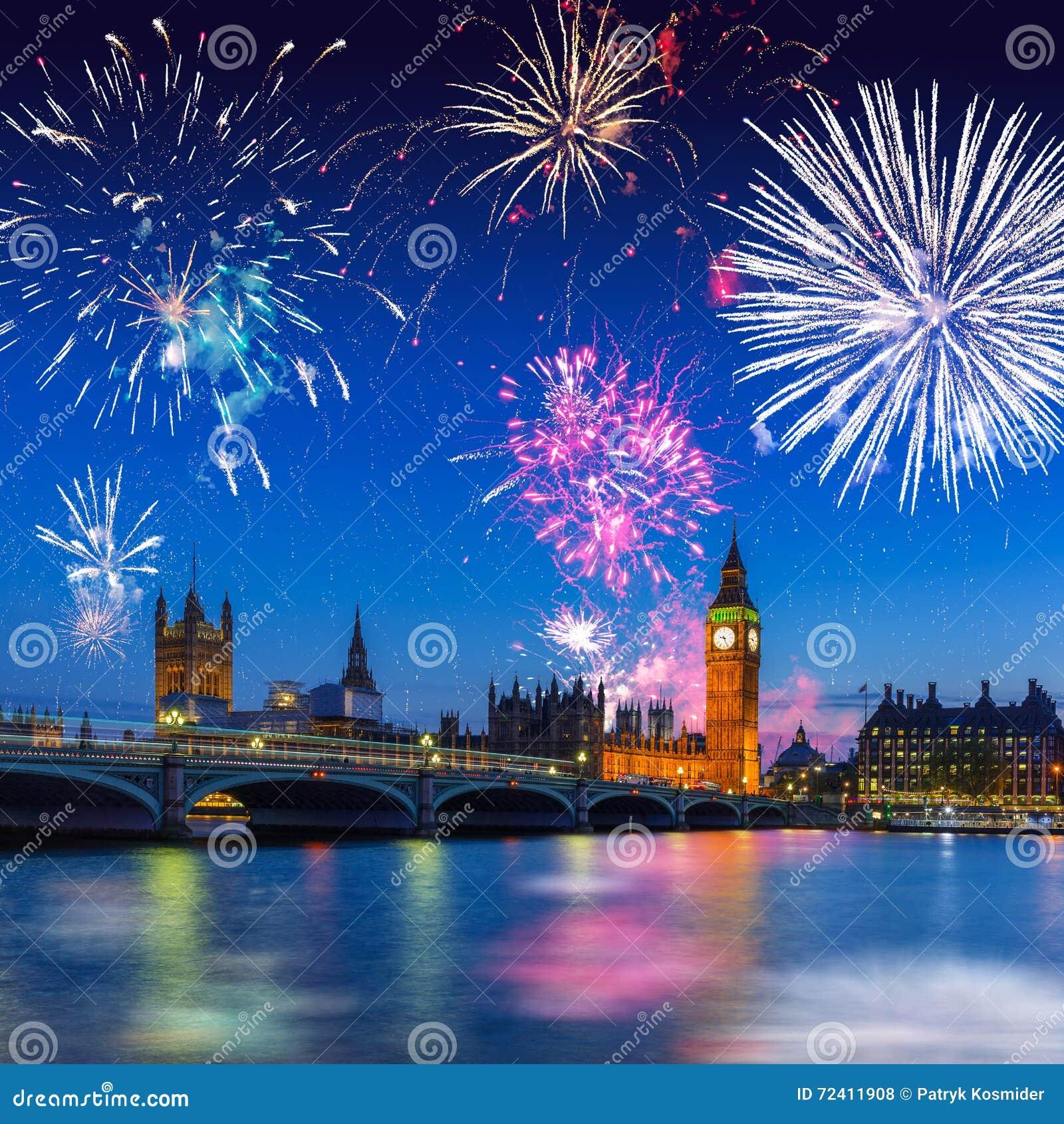 Big Ben e ponte de Westminster em Londres na noite, Reino Unido