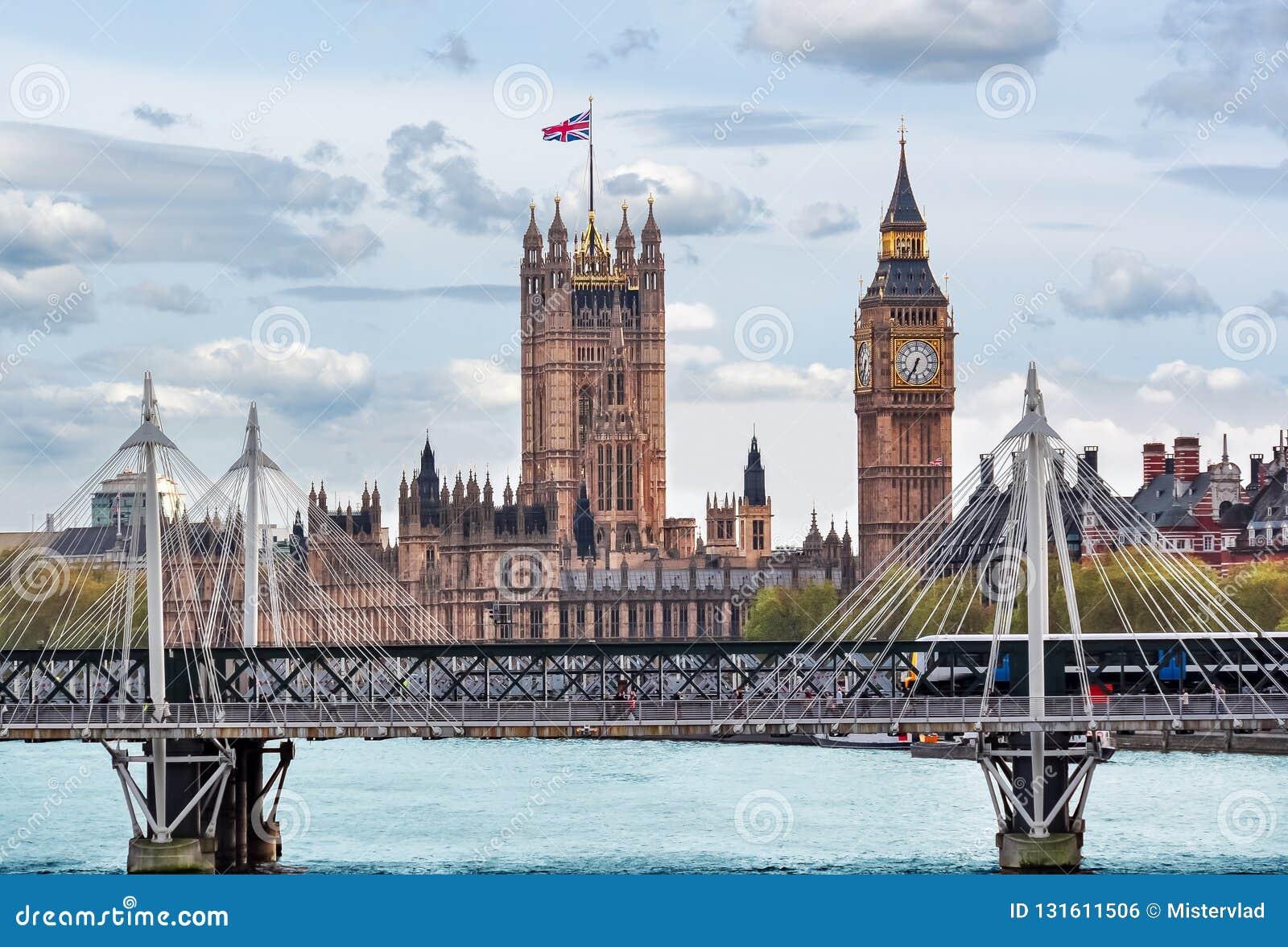 Big Ben i Wiktoria wierza domy parlament, Londyn, UK