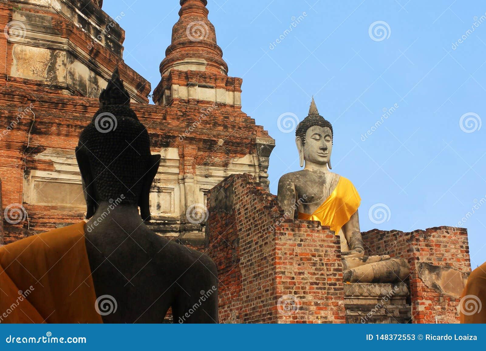 Big Buddha statues in the ancient temple Wat Phra Sri Sanphe. Ayutthaya, Thailand.