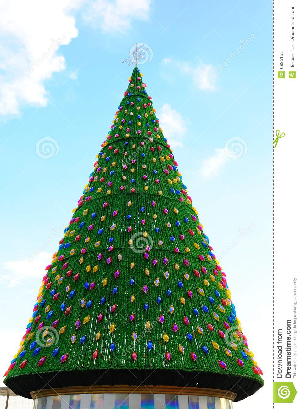 big christmas tree - How To Decorate A Big Christmas Tree