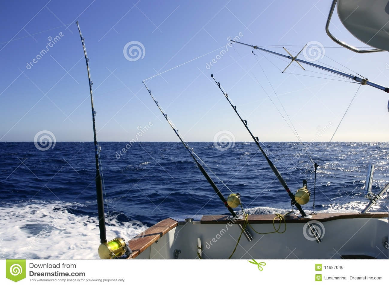 Big game boat fishing in deep sea royalty free stock image for Fishing boat games
