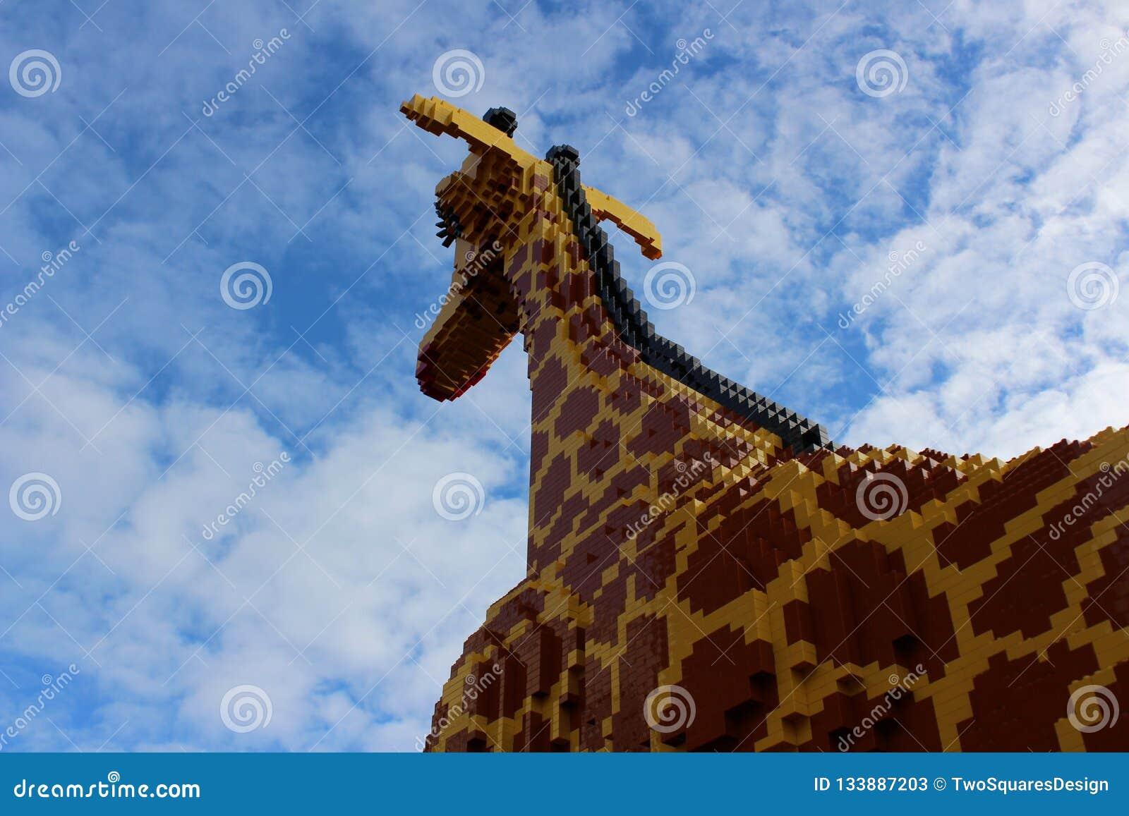 A Big Giraffe builded from plastic bricks.