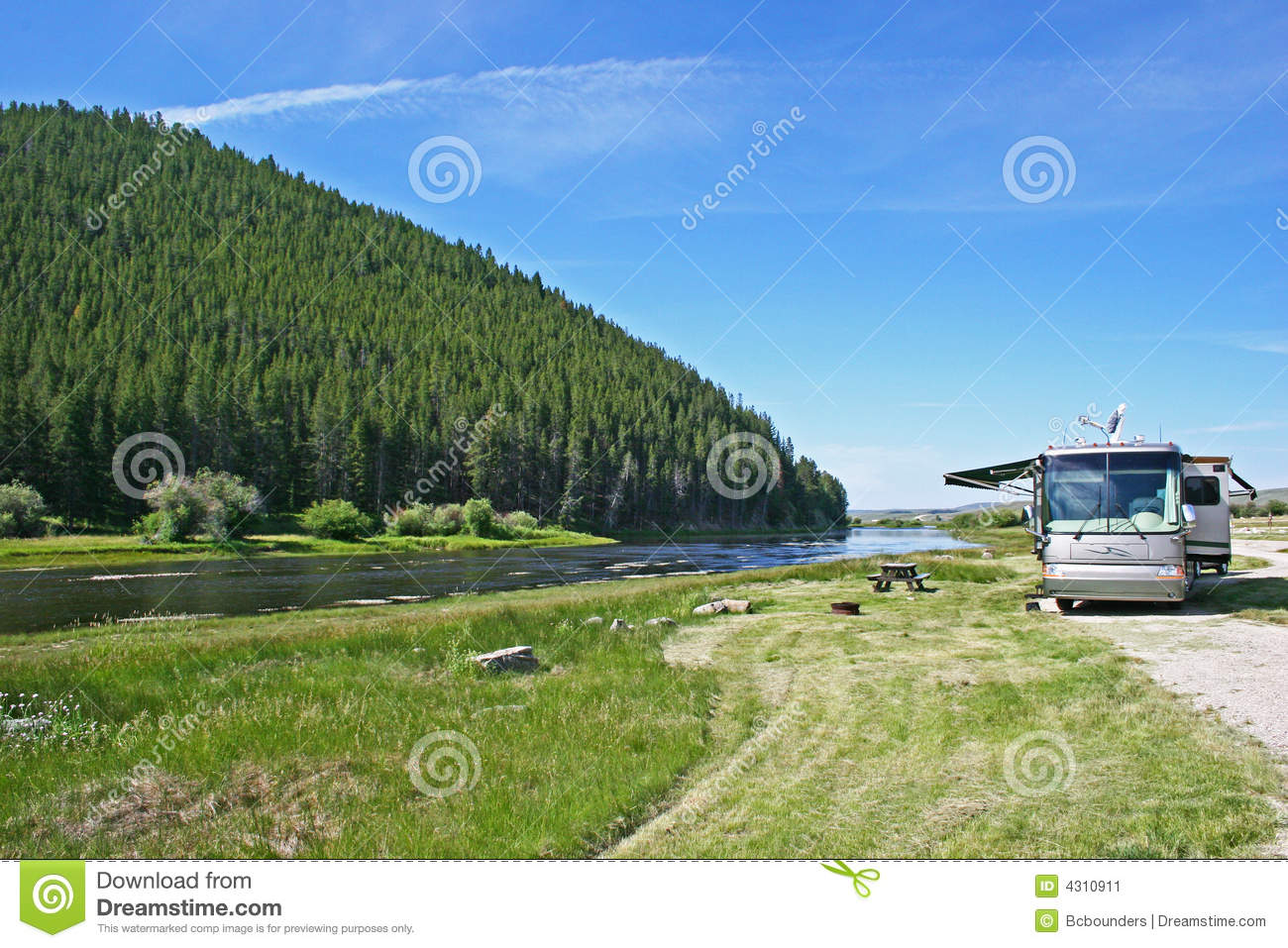 Big Hole River Luxury Camping Stock Image Image Of Landscape Parking 4310911