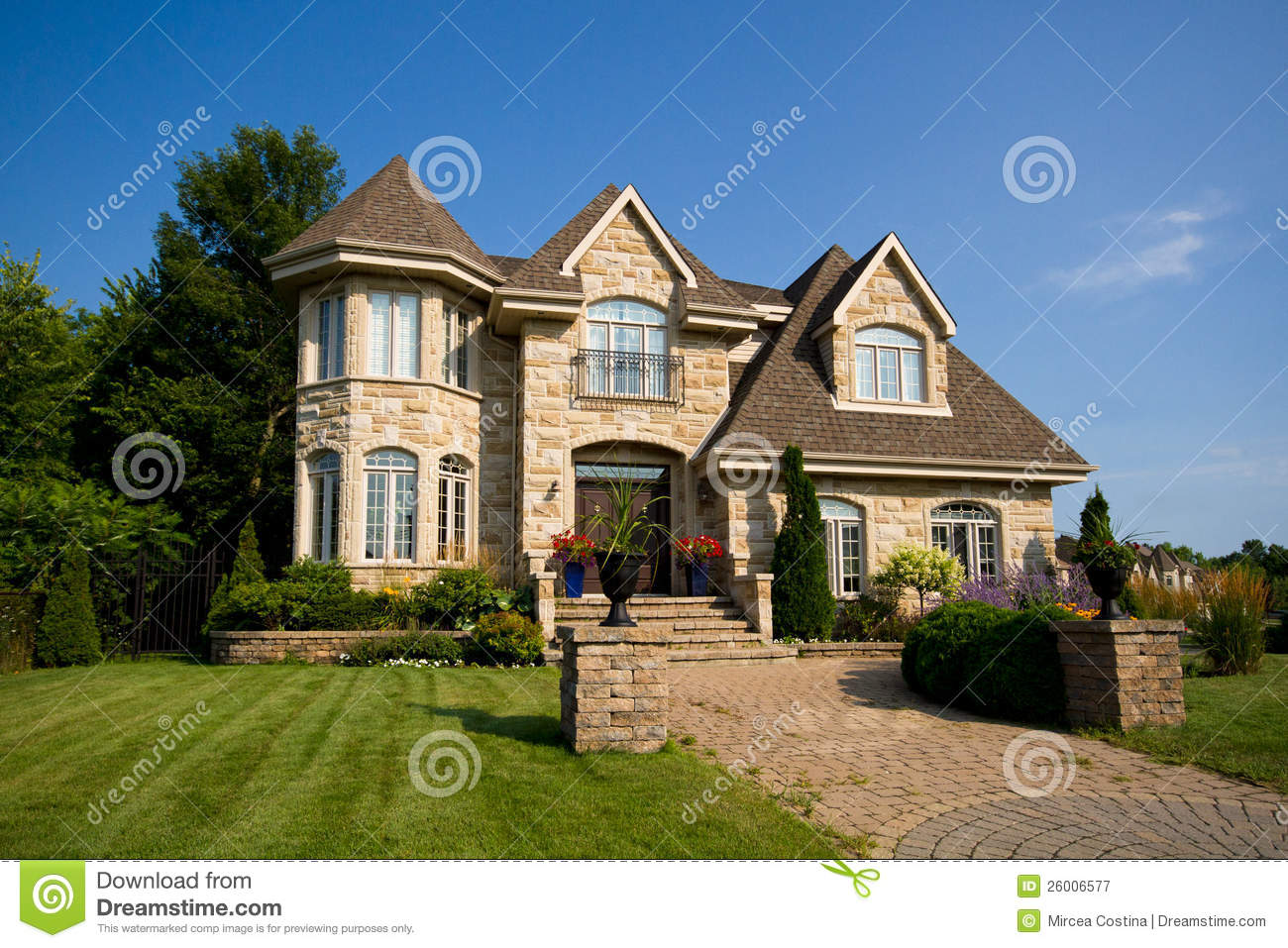 Royalty free stock photography big house image 26006577 for Big house images