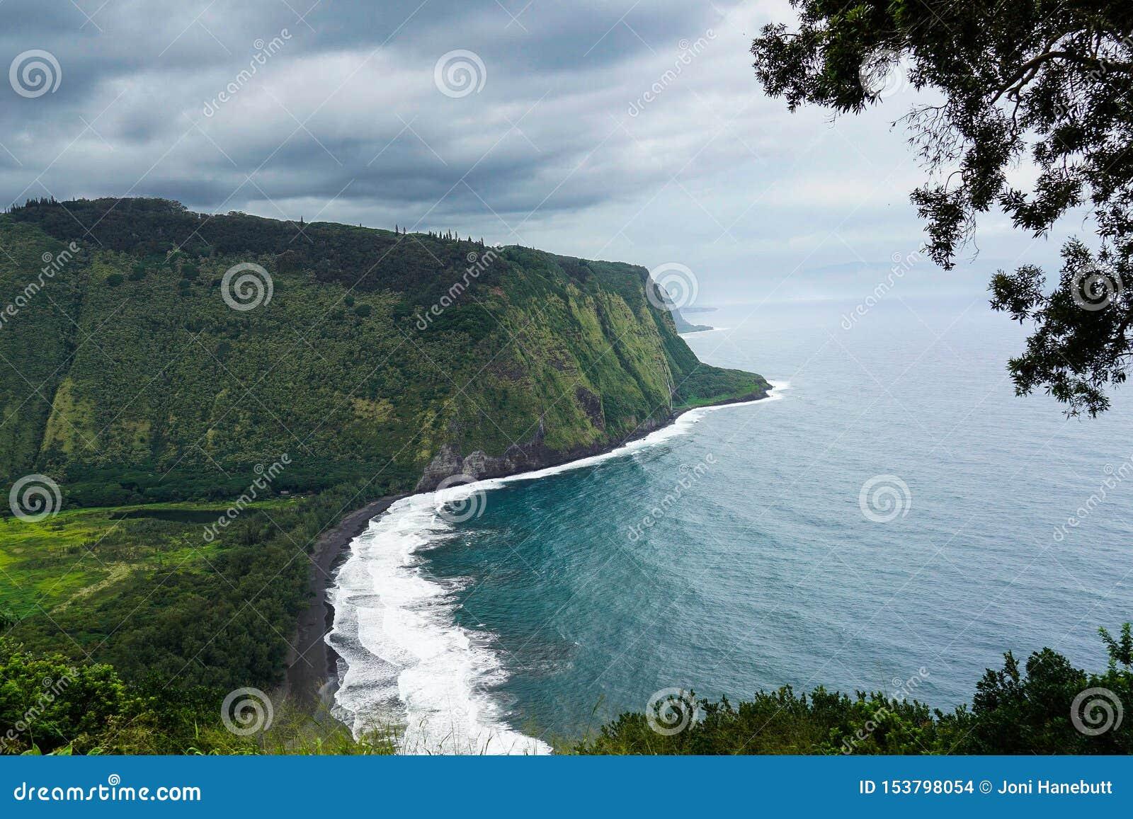 Big Island of Hawaii Wiapio Valley Overlook