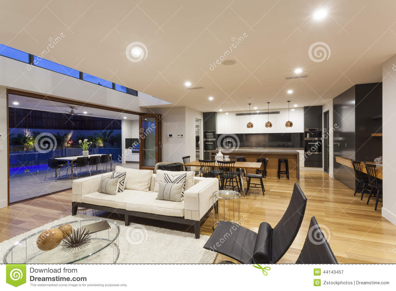 Modern living rooms photos 2017 2018 best cars reviews for Big modern living room