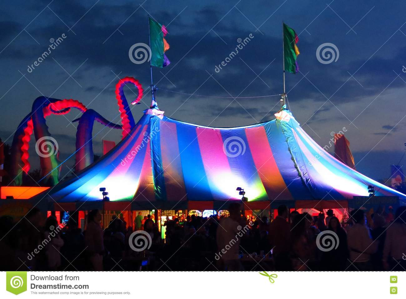 Bigtop festival tent twilight sky & Bigtop Festival Tent Twilight Sky Editorial Photo - Image of music ...
