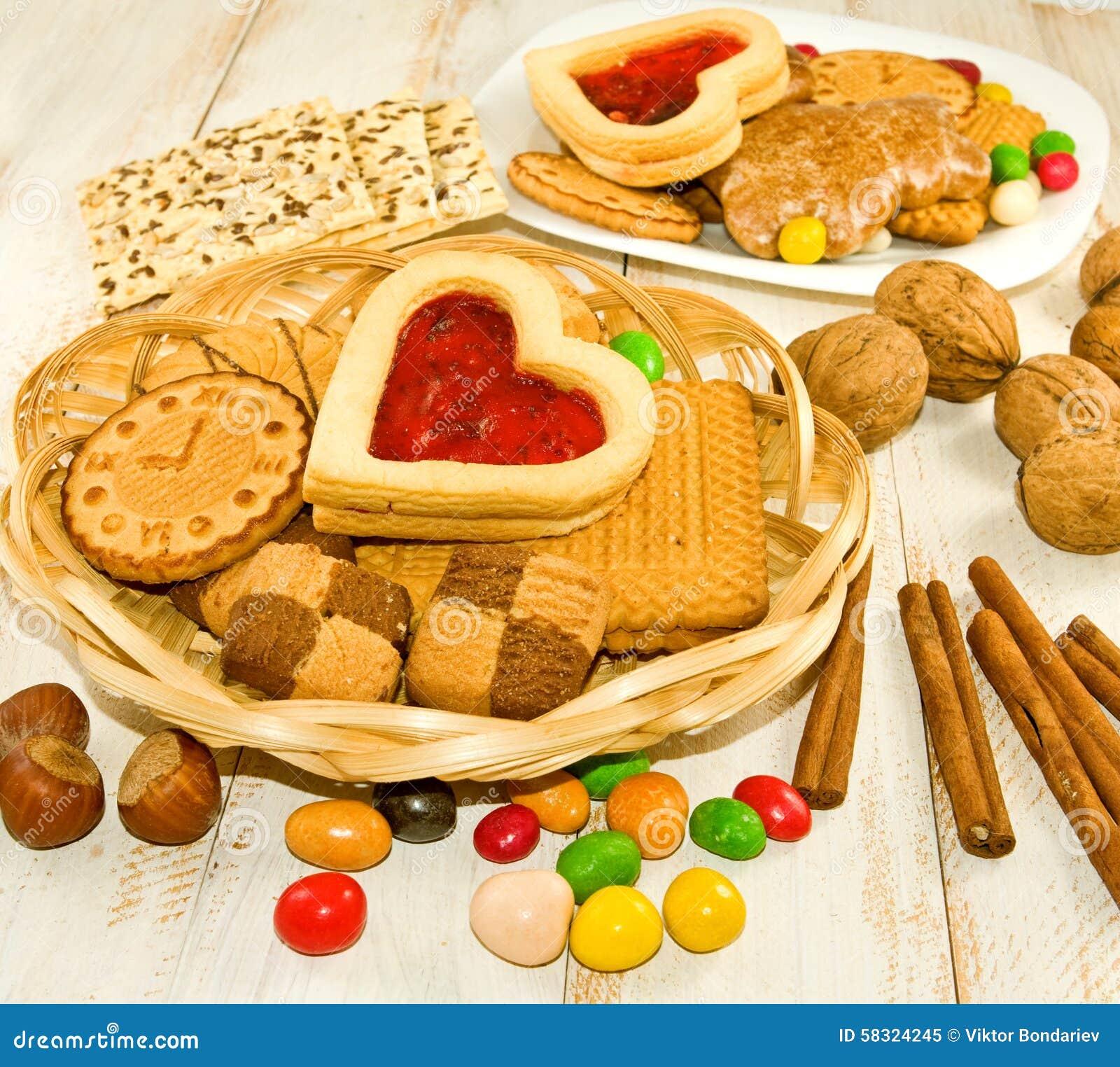 Bild av många kakor