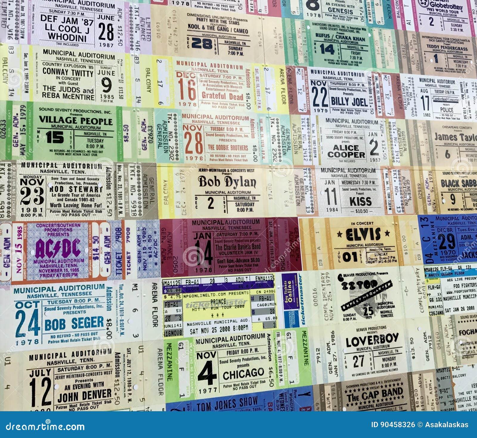 Biletowi karcze od różnorodnych artystów