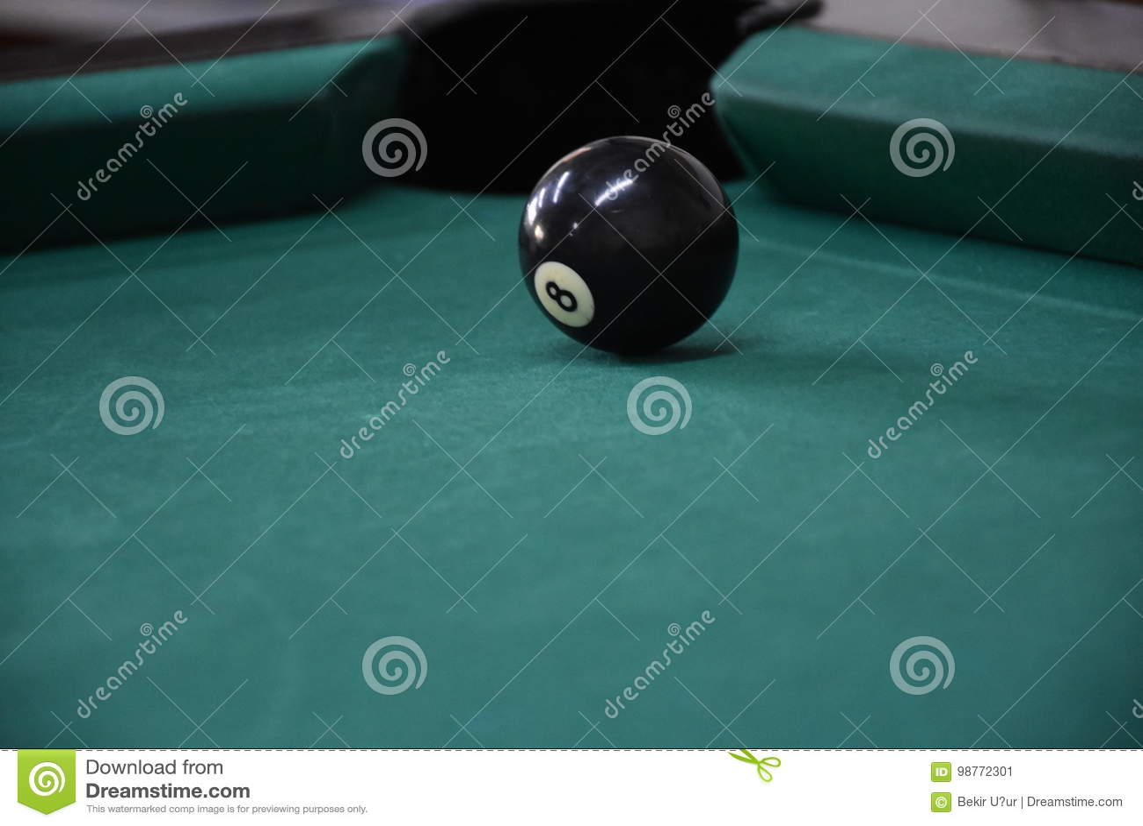 Biljartballen in een poollijst