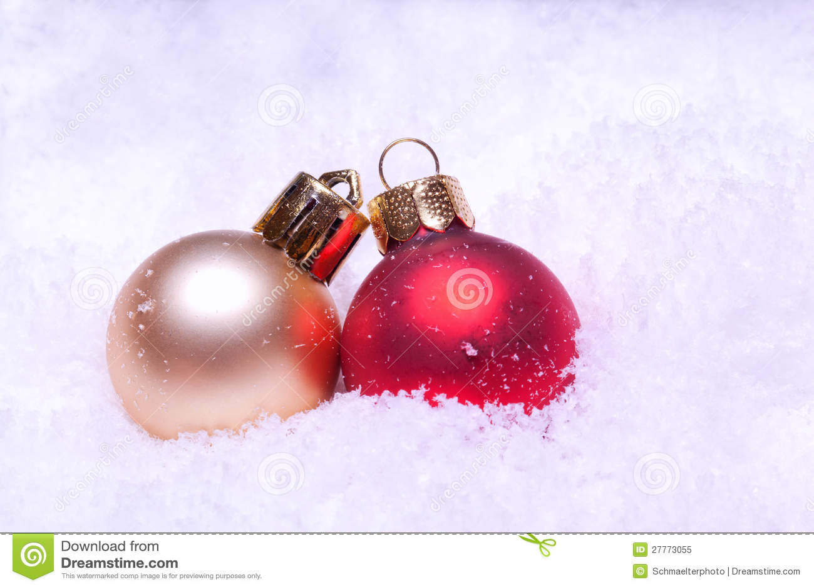 Billes colorées brillantes de Noël