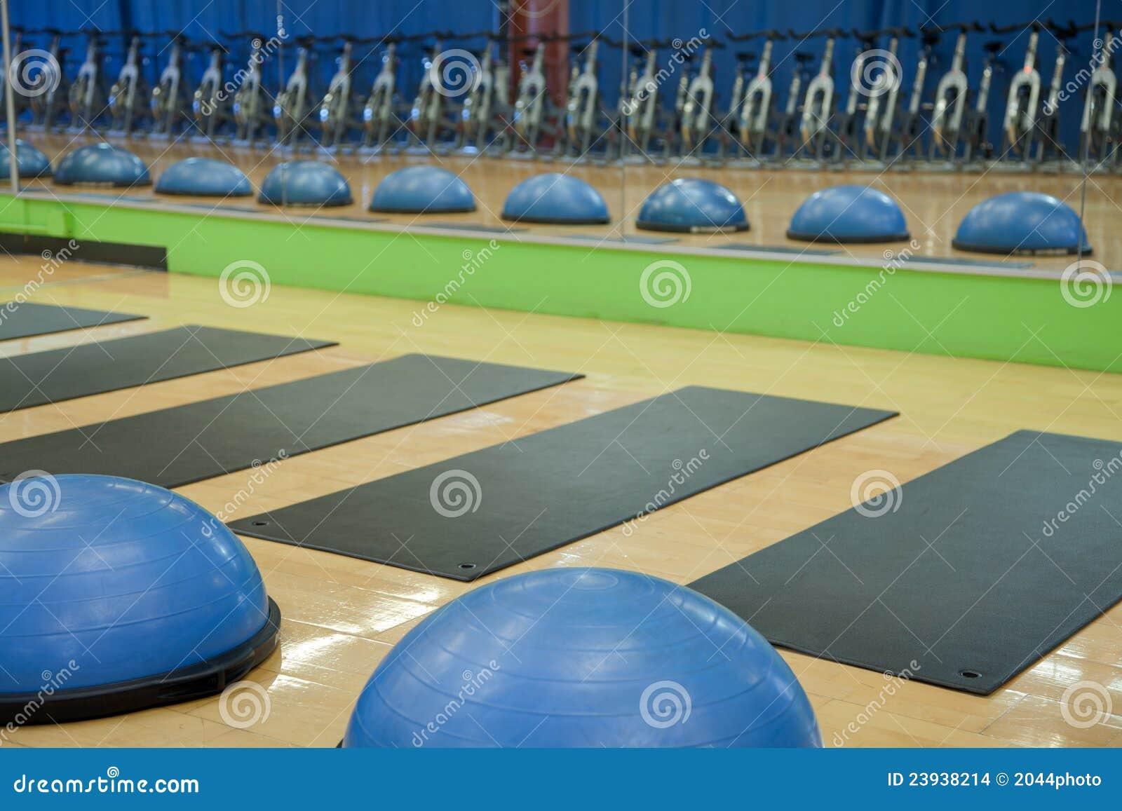 Billes d exercice, couvre-tapis et cycles de rotation
