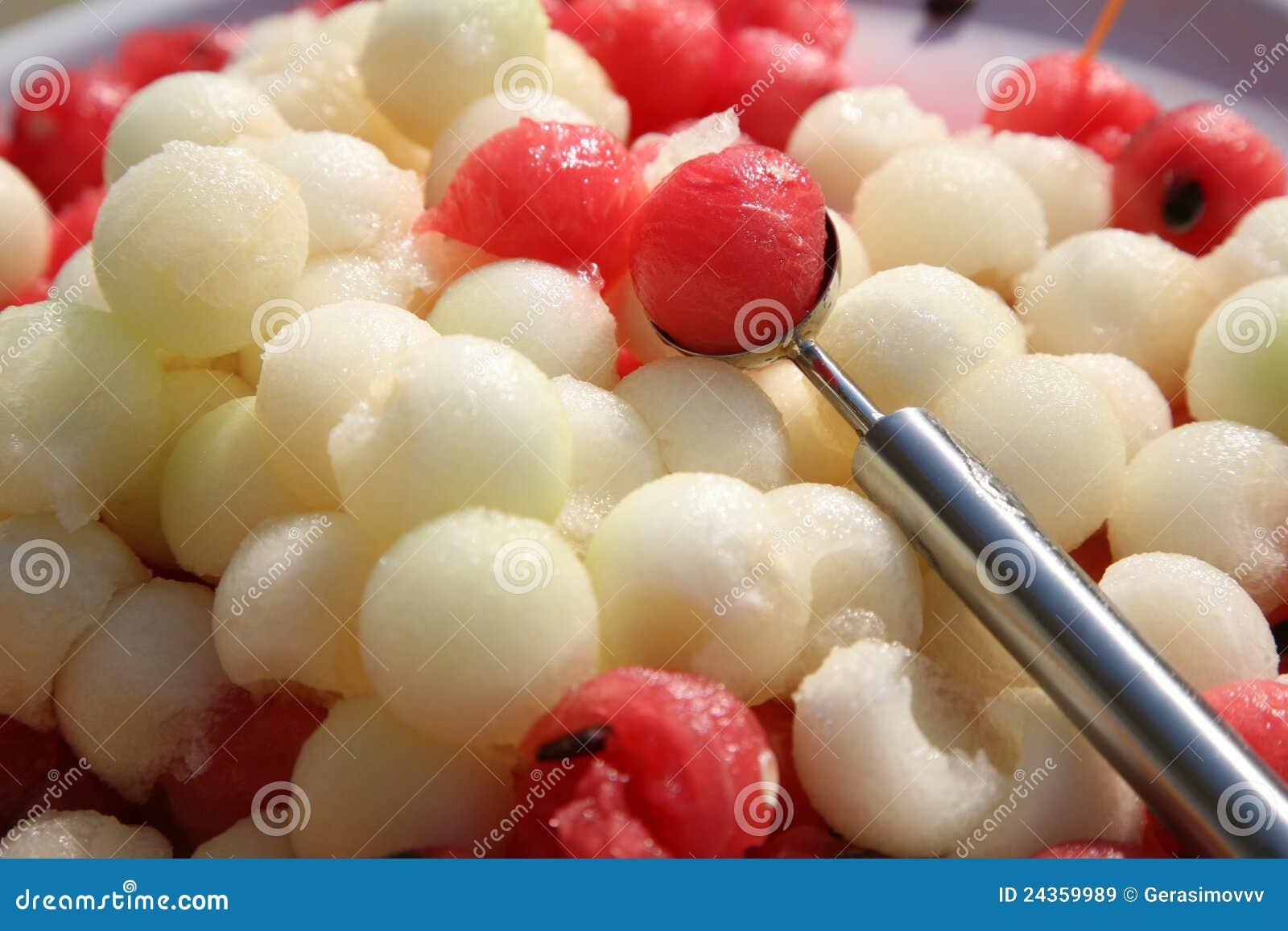 billes de dessert de melon et de pastèque image stock - image du