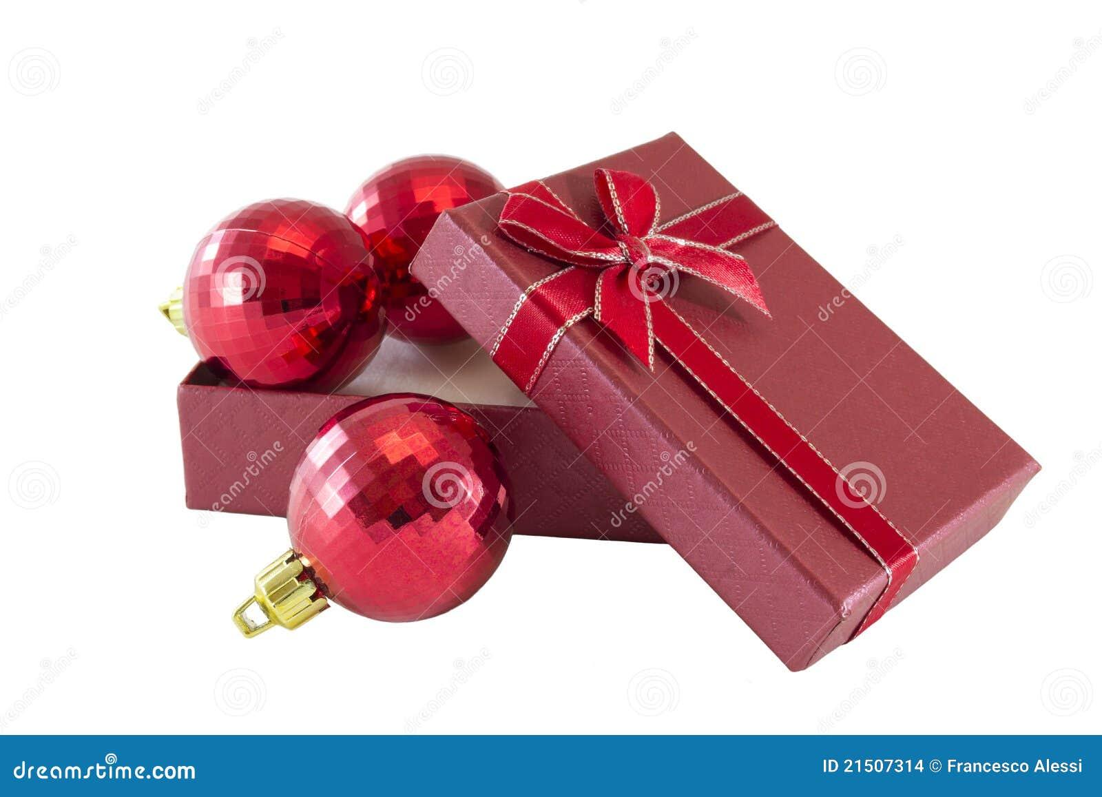 Billes de Noël dans le cadre de cadeau