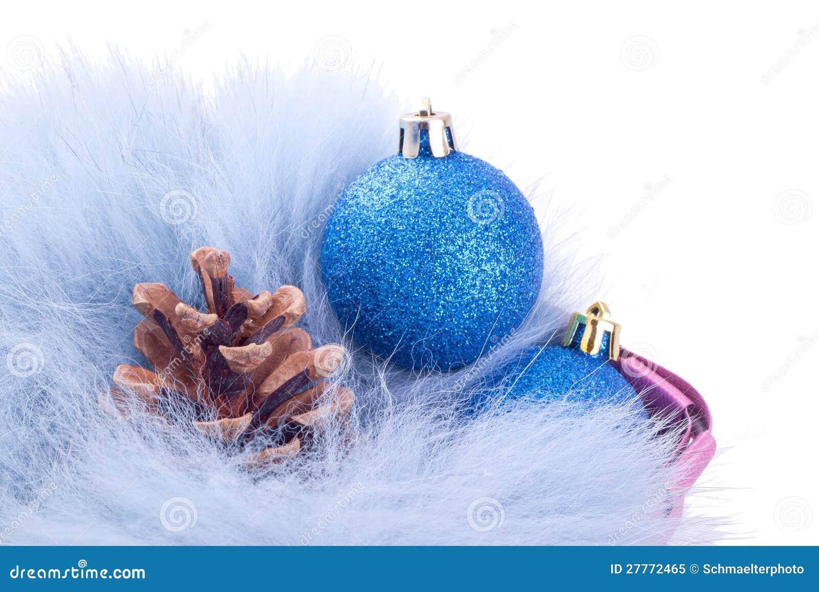 Billes et pinecones de Noël