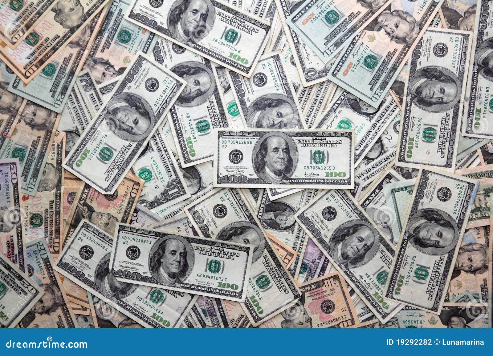 Billetes de banco americanos del dólar muchas cuentas de los billetes de banco