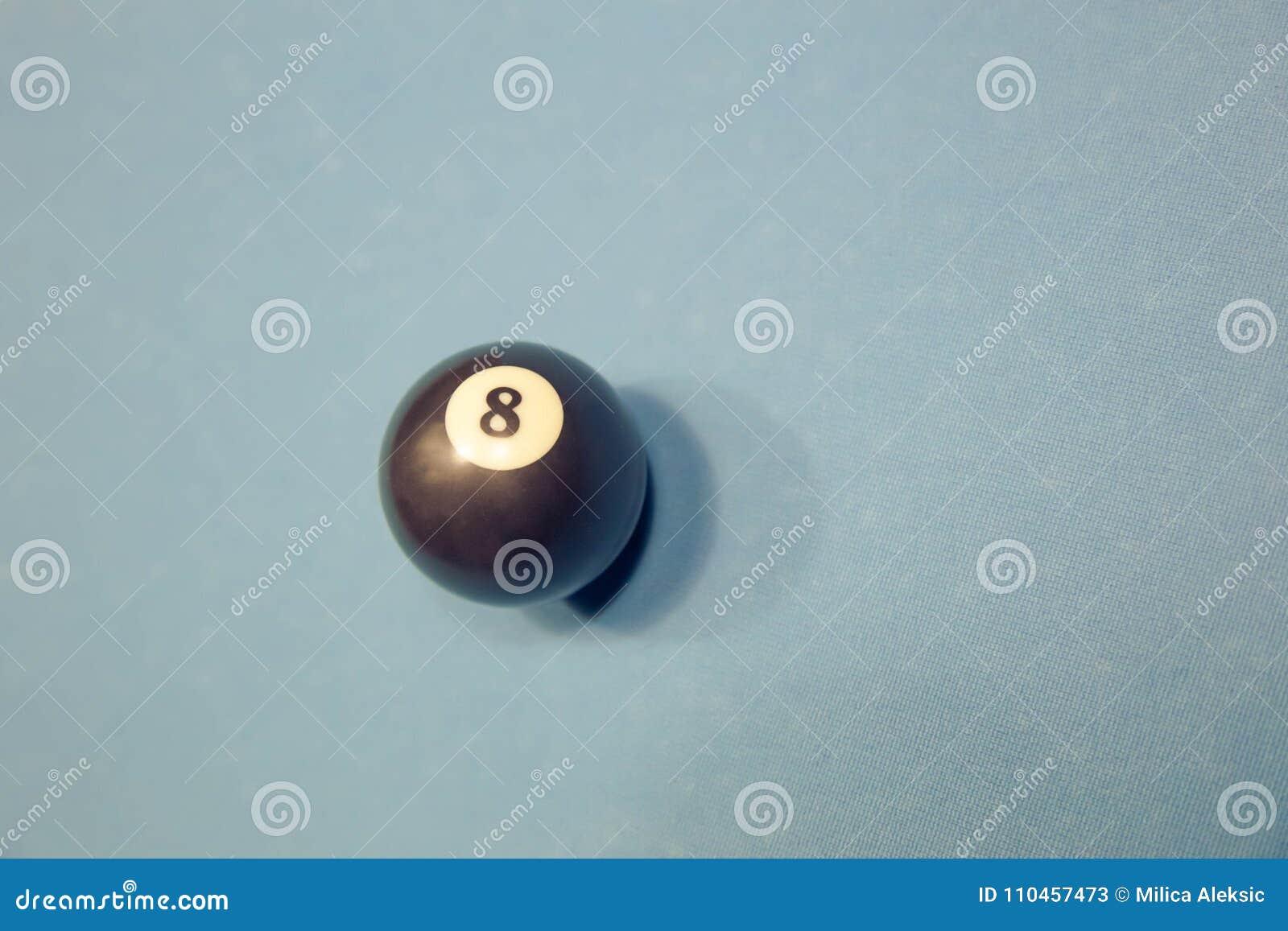 Billiardsvartboll close upp